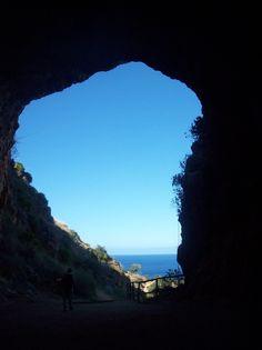 Zingaro-Nationalpark - hier kann man hervorragend wandern - mit Meerblick! Schaut mal hier: http://www.trip-tipp.com/sizilien/ausfluege-natur/zingaro.htm