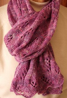 Luscious Lace Scarf by Craftie Pixie, via Flickr  http://www.ravelry.com/patterns/library/luscious-lace-scarf