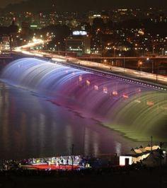 Banpo Bridge, Séoul, Korea.