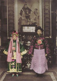 Chinese wedding couple - 19th Century