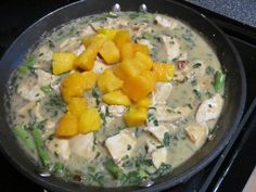 Thai Coconut Chicken with Mango & Basil. Here's a favourite recipe of ours that's quite easy to put together and has so much flavour between the coconut milk, basil and cilantro it's simply delicious! Curry Recipes, Healthy Recipes, Thai Coconut Chicken, Thai Mango, Soup And Sandwich, Asian Cooking, Soups And Stews, Entrees, Main Dishes