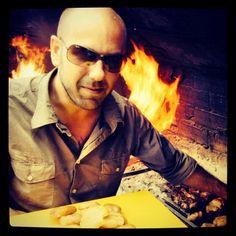 Haciendo un asadito. Mens Sunglasses, Instagram, Food, Photos, Gastronomia, News, Kitchen, Pictures, Meal