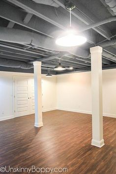 Many homeowners fail to notice the versatility of a basement. Since it is usually dark and dank, they use the basement as a storage room or laundry room. In fact, there are many cool basement ideas… Basement Remodel Diy, Basement Makeover, Basement House, Basement Walls, Basement Bedrooms, Basement Renovations, Basement Bathroom, Basement Kitchen, Basement Flooring
