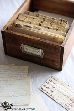 DIY Recipe Box by The Wood Grain Cottage