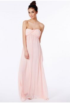 This floor sweeping strapless maxi dress is a stunning red carpet knockout, perfect for special occasions. From bridesmaid chic to ballroom babe, this is the only way to make a statement in the new season. Style with strappy heels, a box cl...