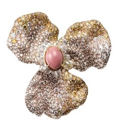 Broche Quatre saisons by Cindy Chao 2014 on theblogjewelrydecarolinebigeard.com