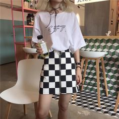 BW CHECKERED FRONT ZIPPER RING PU SKIRT