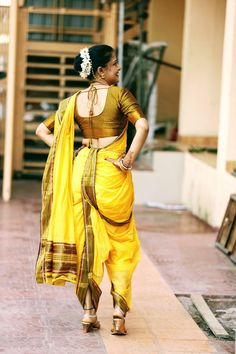 Kashta Saree, Sari, Marathi Saree, Beautiful Dresses, Beautiful Women, Nauvari Saree, Saree Photoshoot, Saree Models, Indian Beauty Saree