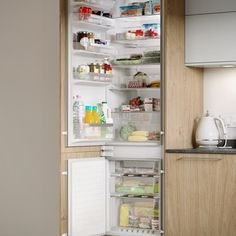 Store all the food you need in this integrated white Bosch fridge freezer. Kitchen Pantry Design, Kitchen Taps, Kitchen Units, Kitchen Reno, Bathroom Worktops, Door Linings, Damp Proofing, Laminate Colours, Fitted Bathroom