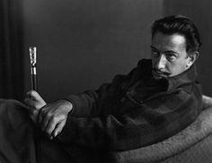 Portrait of Salvador Dali, by Johan Hagemeyer, 1944 Mary Cassatt, Camille Pissarro, Salvador Dali, Digital Museum, Famous Photographers, Portraits, Artistic Photography, White Photography, Famous Artists