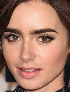 Close-up of Lily Collins at the 2016 Breakthrough Prize Ceremony in 2015. http://beautyeditor.ca/2015/11/18/best-beauty-looks-jennifer-lawrence