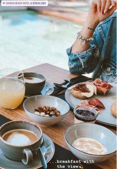 Choose from the epic breakfast buffet at Mάina Gastro Bar overlooking the lagoon pool and enjoy the most important meal of the day as it is meant to be 💦🥐💦 Wählen Sie aus dem reichhaltigen Frühstücksbuffet in der Mάina Gastro Bar mit Blick auf den Lagunenpool und genießen Sie die wichtigste Mahlzeit des Tages, wie sie sein sollte  #breakfast_goals #summer2019 #kos #greece #caraviabeach  📷@paulinalata