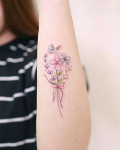 40 stylish tattoos by Awesome Tattoo Artist Mini Lau - tattoo - . - 40 stylish tattoos by Awesome Tattoo Artist Mini Lau – tattoo – - Small Flower Tattoos, Girly Tattoos, Mini Tattoos, New Tattoos, Body Art Tattoos, Small Tattoos, Gorgeous Tattoos, Pretty Tattoos, Creative Tattoos