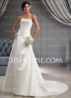 A-linjeformat Hjärtformad Court-släp Satin Bröllopsklänningar med Rufsar Pärlbrodering (002022673)