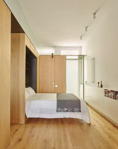 In AB House, architecture firm Built faces the challenge to balance former and new elements by recovering the features of the original apartment and getting rid of any element that blots the perception of space #bedroom