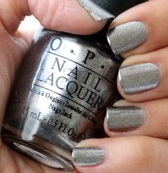 OPI Haven't the Foggiest (San Francisco collection, fall/winter Similar to the new Gwen Stephanie color push and shove Get Nails, Love Nails, How To Do Nails, Pretty Nails, Hair And Nails, Fall Nails, Silver Nails, Silver Nail Polish, Sparkly Nails