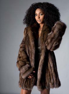 cdf6144af3 Cashmere Wool, Mink Coats, Fur Coat, Chinchilla, Stylish Girl, Fur Fashion