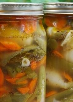 CHILES en ESCABECHE (chiles en escabeche aka chiles en vinagre aka chiles curtidos aka mexican giardiniera aka pickled jalapenos) ~~~ these irresistible pickles are most often seen made with jalapeno, carrot, pearl onion, and, cauliflower. recipe gateway: this post's link + http://www.homesicktexan.com/2008/08/cool-off-with-hot-jalapeno-pickles.html + http://www.saveur.com/article/Recipes/Mexico-Pickled-Peppers [Mexico] [Pati Jinich] [chile, chilli, chili, pepper, chili pepper, hot pepper]