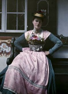 This is a photograph of a woman from Bavaria in The woman is wearing a traditional Dirndl dress. Hans Hildenbrand, a German photographer for National Geographic, took this picture. German Costume, Dirndl Dress, Folk Clothing, Folk Costume, Thing 1, Couture, Traditional Dresses, Beautiful Outfits, Style Inspiration