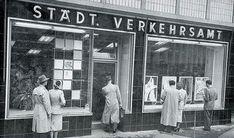 KölnTourismus GmbH | #Cologne Tourist Board  - Historische Aufnahme vom Eingang