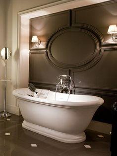 50 Decorating Ideas for Bathroom Sets Vintage Bathroom Decor, Vintage Bathrooms, Luxury Bathrooms, Master Bathrooms, Master Bedroom, Bathroom Interior Design, Interior Decorating, Devon Devon, Italian Bathroom