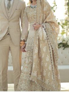 Newest Photo Bridal Dresses eastern Strategies Whether you have been daydreaming of wedding ceremony dress because you were 5 and also are aware of Disney Wedding Dresses, Stunning Wedding Dresses, Wedding Dress Shopping, Beautiful Dresses, Pakistani Bridal Dresses, Pakistani Clothing, Pakistani Suits, Indian Dresses, Desi Wedding