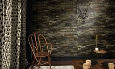 <p>Patchwork of palmtree wood aspect on a vinyl embossed wallpaper</p>