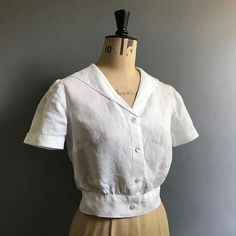 #soibonnieblouse hashtag on Instagram • Photos and Videos Sewing Tutorials, Sewing Patterns, Dress Sewing, Blouse Dress, Chef Jackets, Photo And Video, Videos, Photos, Crafts