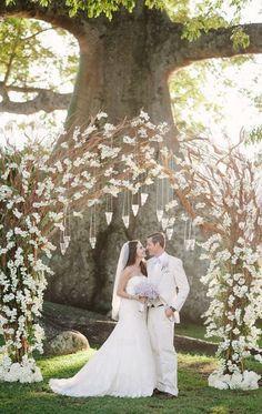 33 Floral Wedding Arches Decorating Ideas   Wedding Decor Ideas