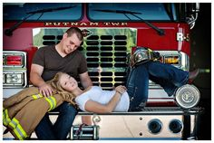 I love this, I love my future firefighter husband :) Firefighter Engagement Pictures, Firefighter Family, Engagement Couple, Engagement Ideas, Fireman Wedding, Firefighter Wedding, Couple Photography, Engagement Photography, Friend Photography