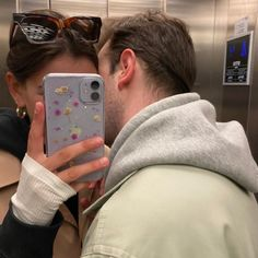 Cute Couple Pictures, Love Couple, Best Couple, Couple Goals, Couple Photos, Cute Relationship Goals, Cute Relationships, Single As A Pringle, Late Night Thoughts