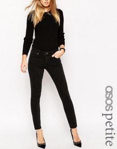 ASOS PETITE – Pencil – Jeans mit geradem Schnitt in verwaschenem Schwarz