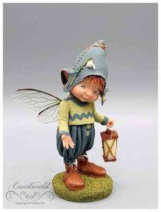 Felt Dolls, Blythe Dolls, Paper Dolls, Polymer Clay Christmas, Polymer Clay Crafts, Elf Art, Elves And Fairies, Fairy Crafts, Baby Fairy