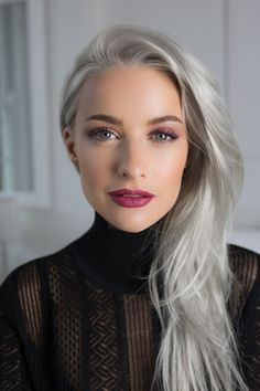 GLAMOUR's fashion columnist Inthefrow reveals the fashion mo.- GLAMOUR's fashion columnist Inthefrow reveals the fashion month trends we'll all be wearing in Autumn Grey Hair Wig, Silver Grey Hair, Grey Hair With Bangs, Professional Hair Color, Professional Hairstyles, Hair Styles 2016, Long Hair Styles, Platinum Blonde Bobs, Undone Look