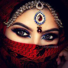 Set of 4 - Handmade Natural Ceramic Tile/Stone Marble Drink Coaster - Eyes 1 D Arabian Eyes, Arabian Makeup, Arabian Beauty, Pretty Eyes, Cool Eyes, Arab Women, Hidden Beauty, Exotic Beauties, Stunning Eyes