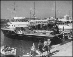 https://flic.kr/p/K4bdDT | Λιμάνι Ζέας (Πασαλιμάνι), Πειραιάς, 1963. Φωτογραφία: Otto Siegner, από το βιβλίο La Grèce. En Images.