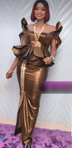 30 photos mode tabaski 2018 mbathio ndiaye met la barre tres haute avec ce - The world's most private search engine Latest African Fashion Dresses, African Dresses For Women, African Print Fashion, Africa Fashion, African Attire, African Wear, Ethnic Fashion, African Women, Ankara Skirt And Blouse