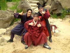 Jaejoong poses with co-stars Song Seung Hun and Lee Bum Soo on set of 'Time Slip Dr.Jin' #allkpop