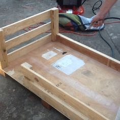 A Toddler Bed Made Of Pallets My Husband Was The Handy