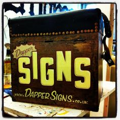 Dapper Signs Kit Box