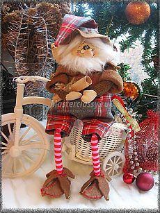 Handmade Christmas Decorations, Diy Christmas Ornaments, Christmas Elf, Christmas Projects, Fun Projects, Christmas Fabric, Christmas Colors, Fabric Decor, Fabric Crafts