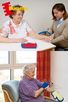 Die Streichelhandschuhe haben eine unterschiedliche Oberflächenbeschaffenheit aus verschiedenen Stoffen und Materialien. Das aktive taktile Unterscheiden und das passive Empfinden werden gefördert, so dass Ähnlichkeiten und Unterschiede bewusst wahrgenommen werden (z. B. hart-weich, rau-glatt). Wortschatz und sprachlicher Ausdruck werden beim Beschreiben des Gefühlten aufgebaut. Die Senioren lernen ihre eigenen Emotionen und die der Mitspieler kennen und darauf angemessen zu reagieren. Smooth, Gloves, Studying