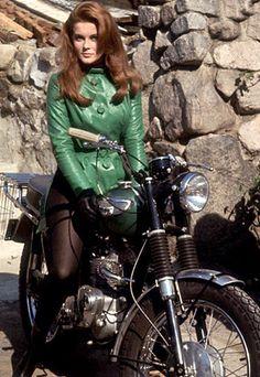 Ann-Margret on a Triumph T100C Tiger