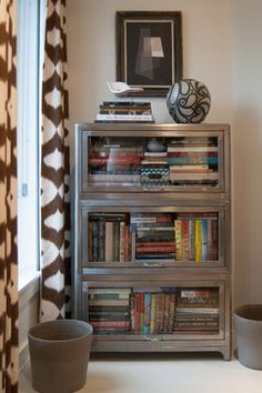 Look: 8 Cool Ways To Store Your Favorite Paperbacks