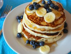 banana and blueberry vegan pancakes
