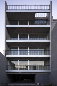 Interior Balcony, Aluminium Cladding, Keep The Lights On, Concrete Structure, Ideal Tools, Semi Detached, Small Rooms, Contemporary Architecture, The Expanse