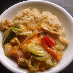 Honig-Sesam-Hähnchen mit Gemüse und Reis - all in one, kalorienarm! Rezept des Tages am 2.3.2015 by Barbara Wachtler on www.rezeptwelt.de
