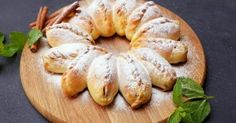 3 jablká a pár ingrediencií. Najlepší koláč na svete po ktorom sa len tak zapráši je okamžite na svete - Báječná vareška Dessert Recipes, Desserts, Bagel, Doughnut, Pizza, Bread, Fit, Basket, Tailgate Desserts
