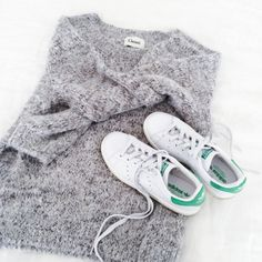 A cozy sweater and Stan Smith sneakers. So stylish.