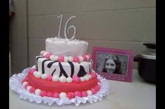 Brittany's Sweet Sixteen Cake!!